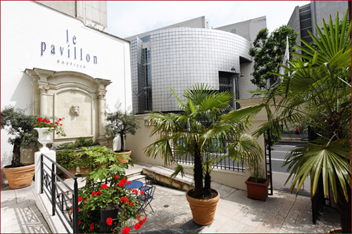 Hotel pavillon bastille paris france for Hotel design bastille