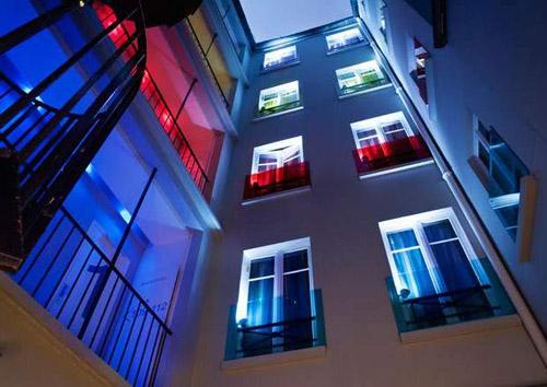 Hotel relais de paris lyon bastille for Color design hotel 75012
