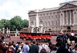 Buckingham Palace Tour In London