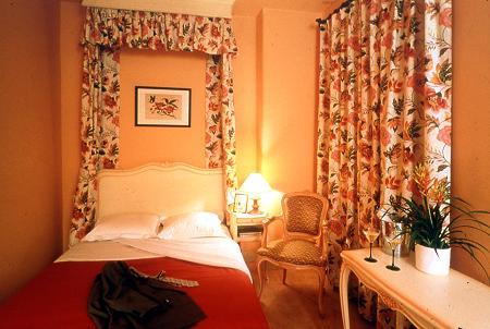 Hotels 9th arrondissement of paris for Boutique hotel 9th arrondissement