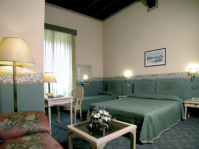 Hotels in rome for Hotel augustea rome