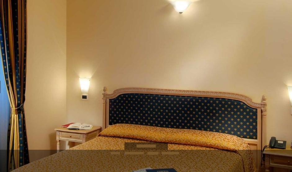 Hotel Waldorf Roma Via Alciato
