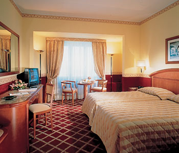 Starhotels Michaelanglo In Rome Italy